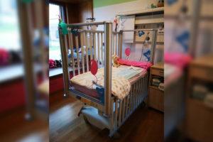 Malteser Kinderhilfe Babygitterbett 1